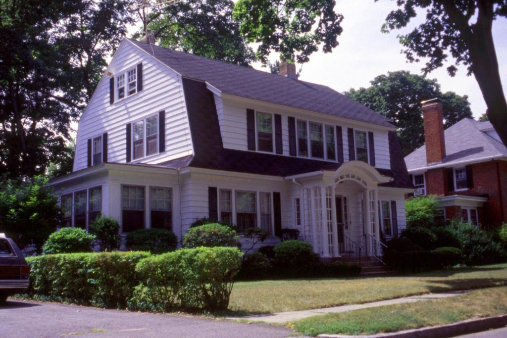 Colonial Revival Antique Homes