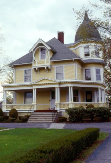 Queen Anne style is fully displayed in this house.